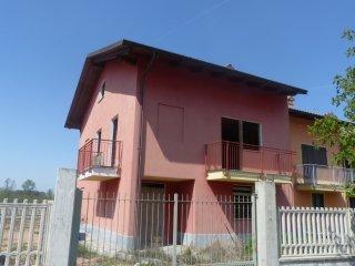 Foto 1 di Villa Cavallermaggiore
