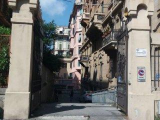 Foto 1 di Box / Garage VIA MACAGGI, Genova