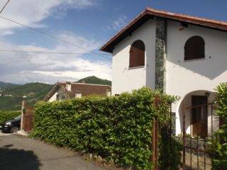 Foto 1 di Villa Via Paravagna, Davagna