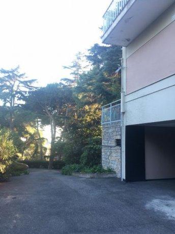 Foto 1 di Appartamento VIA VIVIANI, Genova