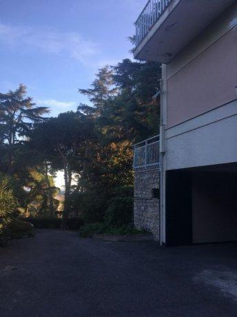 Foto 8 di Appartamento VIA VIVIANI, Genova