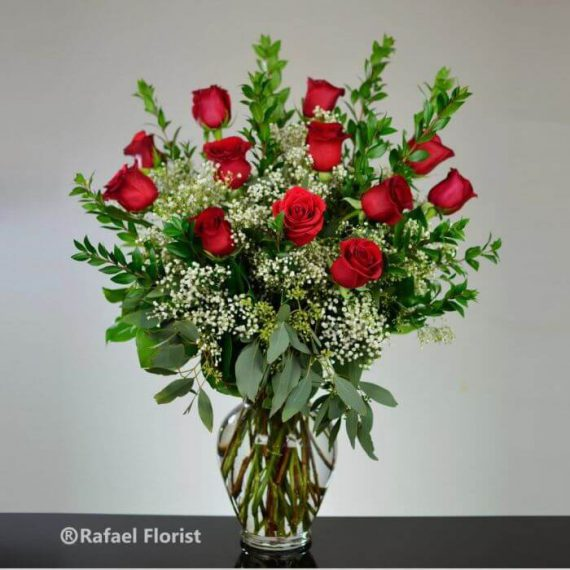 Classic Dozen red roses are synonyms with love and Romance