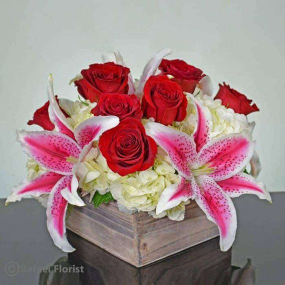 Shabby chic valentine flower arrangement with red roses & fragrant ...