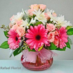 Best Florist in Belveder-CA-Pink gerberas-pink baby roses-white daisy mums-pink posy vase