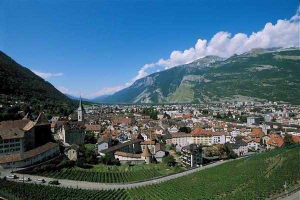 Austrian Rail Holiday: The Alps and More: Ffestiniog Travel 1