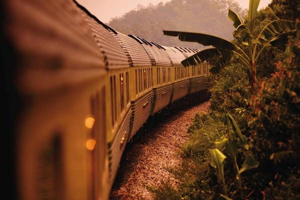 Luxury Rail Holiday: Fables Of The Peninsula: Ffestiniog Travel 1
