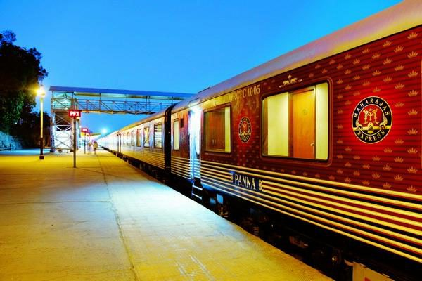 Luxury Rail Holiday: The Indian Panorama: Ffestiniog Travel 1