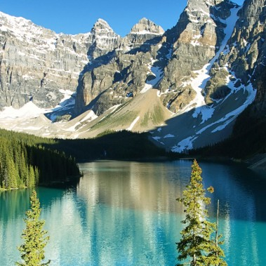 Classic Canada and Canadian Rockies in Winter Eastbound | Railbookers 1