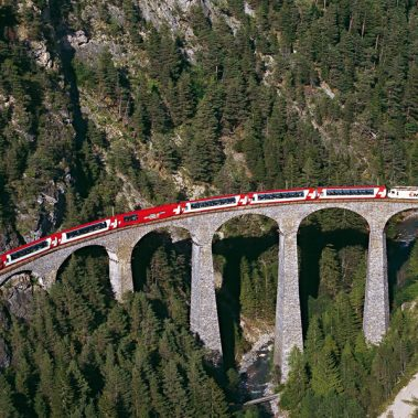 Grand Glacier Express- Excellence Class | Railbookers 1