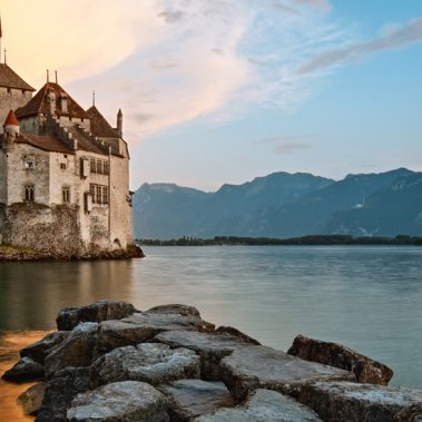 Switzerland's Lakes and Mountains from Manchester | Railbookers 1