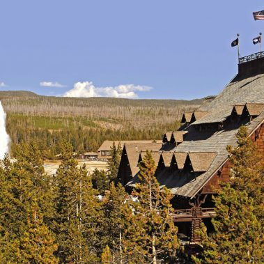 Grand National Parks with Yellowstone, Yosemite, and the Grand Canyon | Railbookers 1