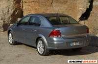 Opel astra h sedan alkatrészek