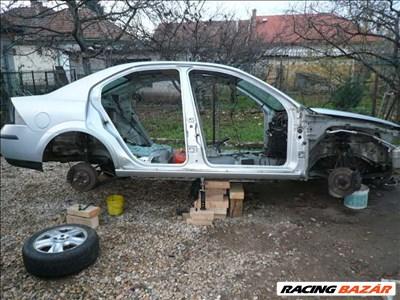 Eladó Ford mondeo MK3 2002-es 2,0  TDCi hiányos állapotban olcsón eladó