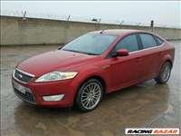 Ford Mondeo mk4 kombi sedán 5ajtós bontott alkatrészei lökhárító sarvédő ajtó motor váltó