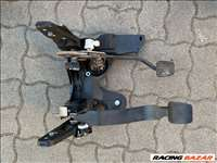 Opel Astra J / Cascada bontott pedálsor