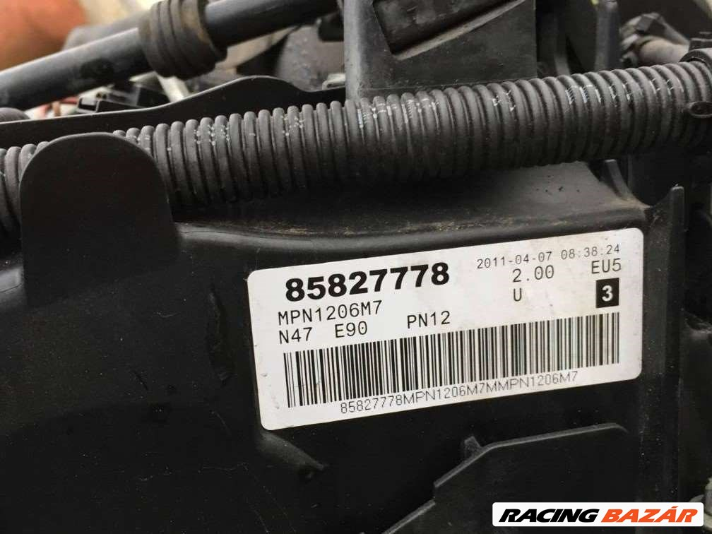 BMW 118D, 318D motor váltó porlasztócsúcs hengerfej önindító klímakompresszor 85827778 F. E széria 3. nagy kép