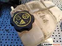 Opel Meriva B 1.4 Turbo tágulási tartály