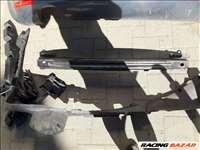 Seat Leon MK2 hátsó merevítő és tartó műanyagok és tartozékai.