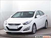 Hyundai i40 bontott alkatrészei