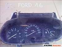 Ford Focus (1st gen) 1.6i 16V műszerfal