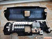 Ford transit ülés alatti biztosítéktábla +bontott alkatrészek bontás.