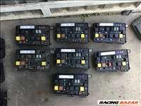 Opel Astra H, Opel Zafira B Bsi modul biztosíték tábla karosszeria modul