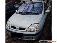 Renault Scénic bontott alkatrészei