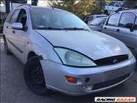 Ford Focus Turnier bontott alkatrészei