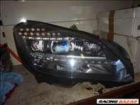 Mercedes CLS-osztály W218 jobb oldali fényszóró
