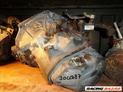 Peugeot 207 1.4 benzines váltó elsdó. KFT. 20CQ87