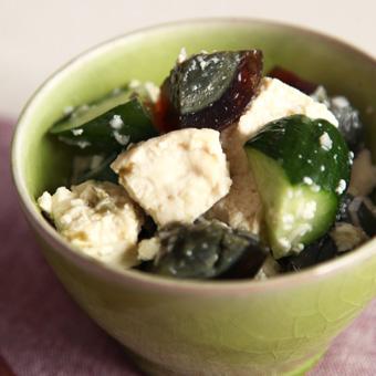 クセになる美味しさ「ピータン豆腐」