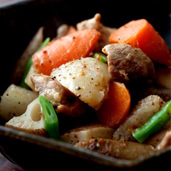 お出汁しみ込む「鶏肉の筑前煮」