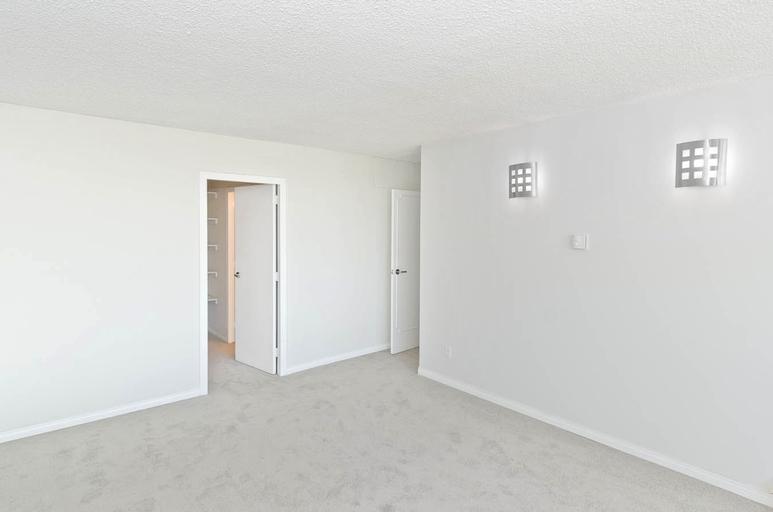Property Image #24