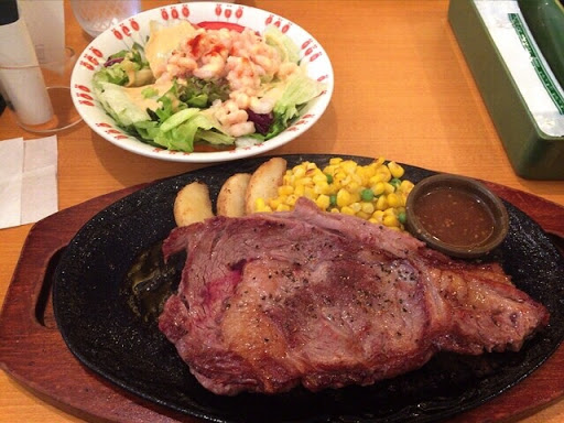 サイゼリヤ 渋谷青山通り店