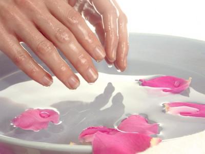 Парафинова терапия за нокти