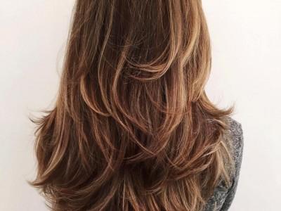 Дамско подстригване със сешоар