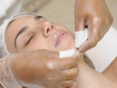 Почистване на лице (мануално)