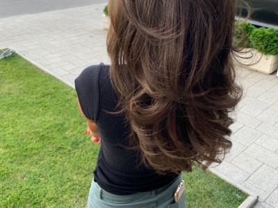 Сешоар средна коса