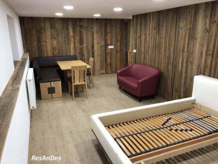Raumgestaltung mit Altholz
