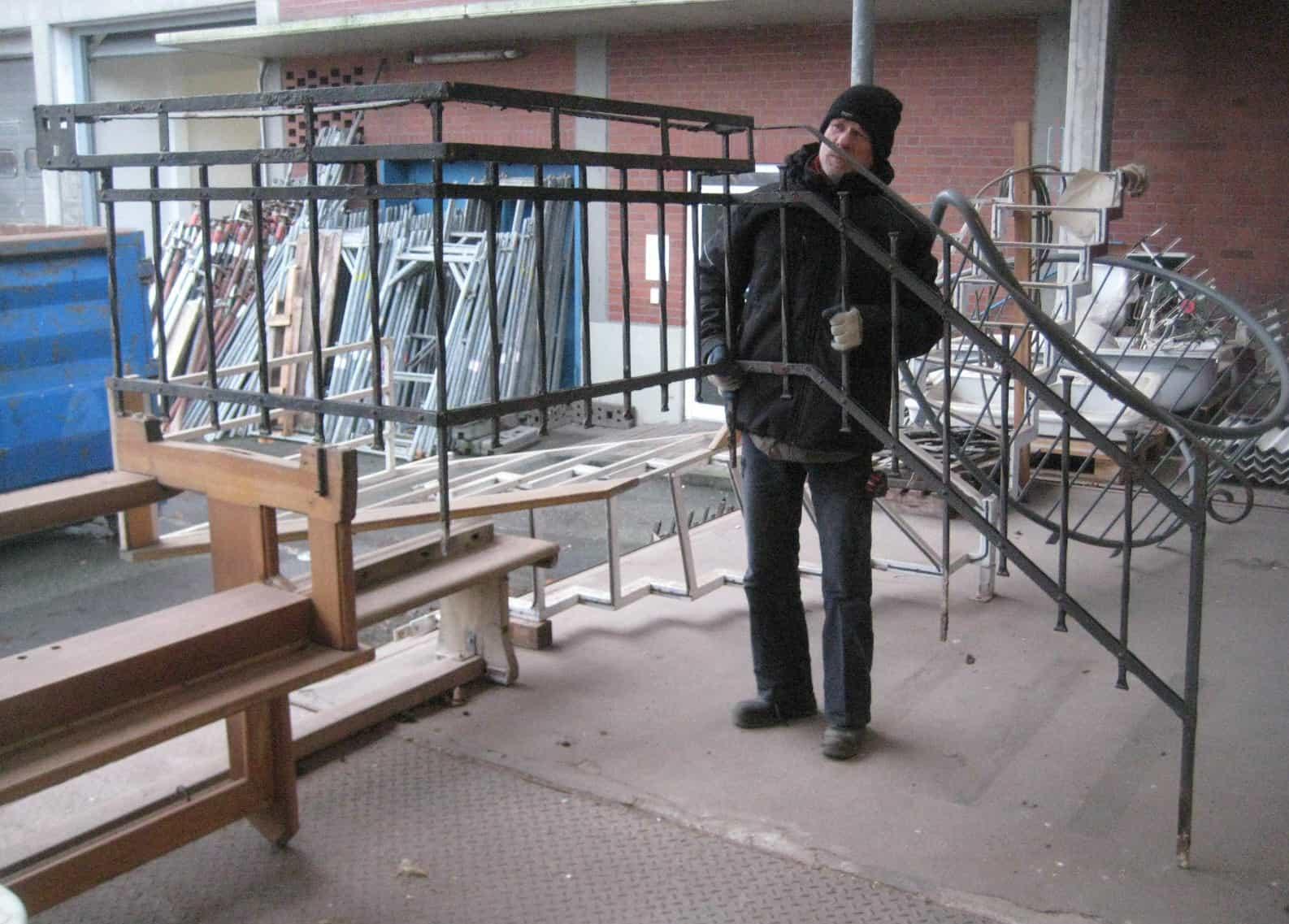 Geländer für Eingang zum Hochparterre