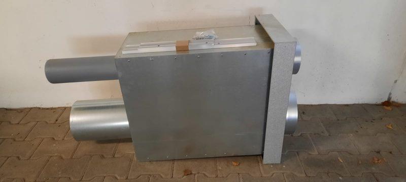 gebavent Kombi 2 vollständiges Set bestehend aus Schraubensatz (neu), 2x Montageblech (neu), 4x Profilschienen (neu), Sammelkasten 65cm inkl. Blechabdeckung (neuwertig), Dachhaubenkopf FDL-K DN200 (neu), Dachhaubenkopf FDS-K (neu)