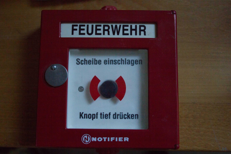 Handmelder für Feueralarm