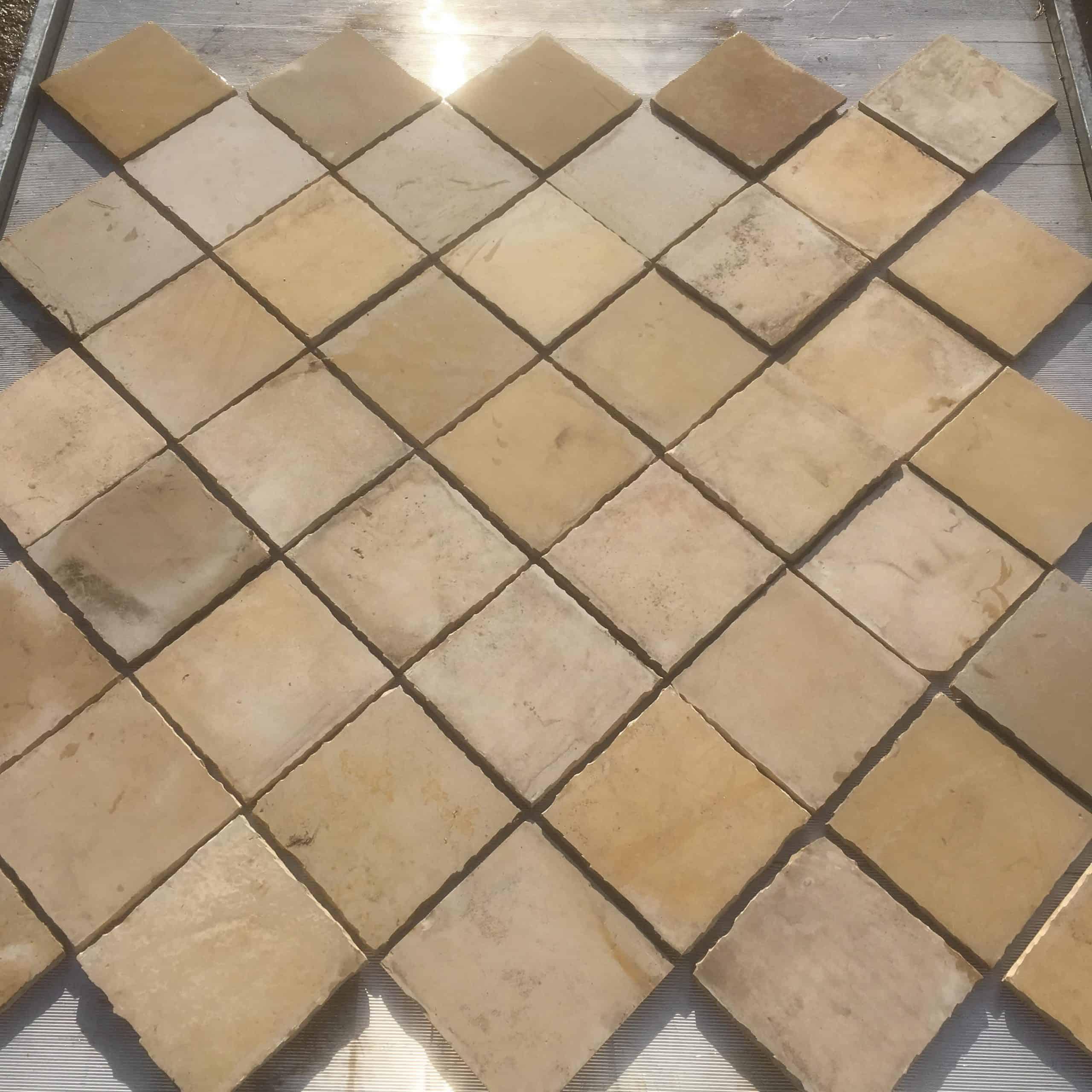 Original historische Handgekantete quadratische Sollnhofer Platten