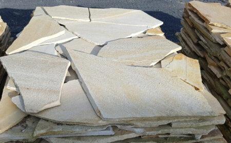 """Quarzit-Natursteinplatten """"gelb"""" (1,3 – 2,5cm)"""