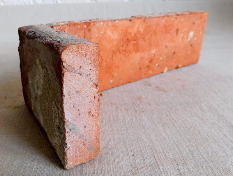 Ecksteine Eckriemchen 2. Wahl reduziert Antikriemchen Ziegelriemchen alte Mauerziegel Verblender Bac
