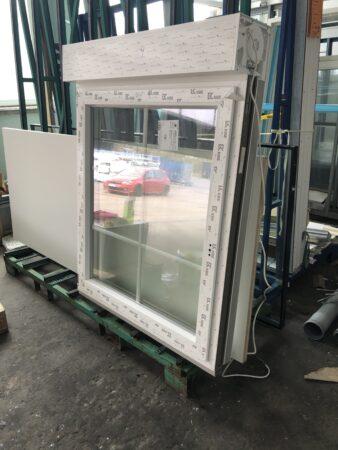 KBE Fenster mit elektronischen Rolladen