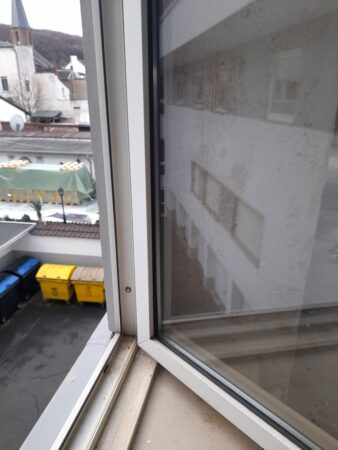 Außenfenster mit Natursteinfensterbank (110 Stk.)