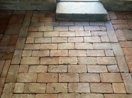 Boden Platten Ziegel Fliese Backstein alte Mauersteine Antikziegel natürlich rustikal Landhaus