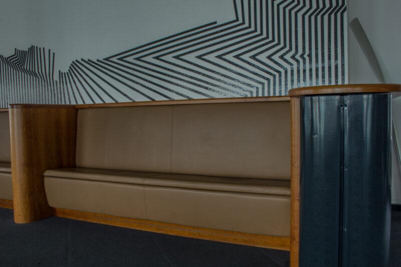 Sitzbank, Loungebank (eingebaut)