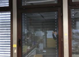 Mahagoni Fenster mit Fensterrahmen (70er Jahre) - guter Zustand!